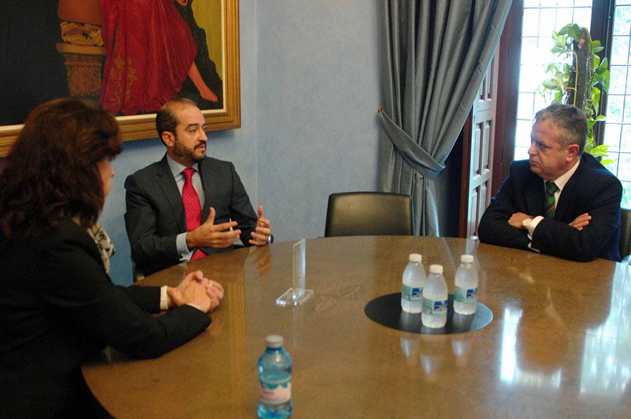 Entrega del premio a Córdoba, provincia más transparente de Andalucía