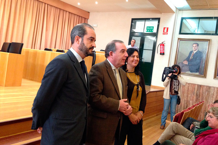 Sello Dyntra Ayuntamiento Vélez-Málaga